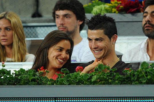 Prvním slavným přítelem Iriny byl fotbalista Cristiano Ronaldo.