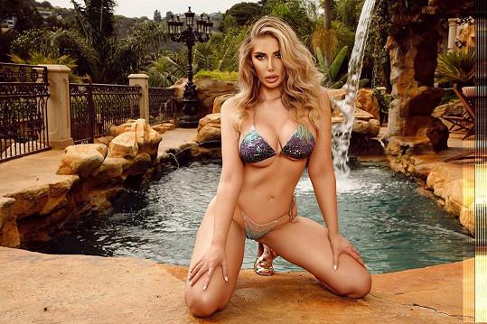 Několik let žila v legendárním Playboy Mansion.