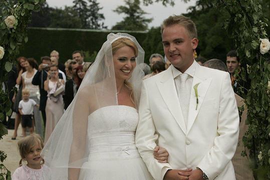 Marianna Ďurianová na svatební fotce s Liborem Boučkem