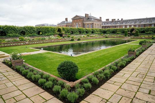 Kensingtonské zahrady patřily k princezniným oblíbeným.