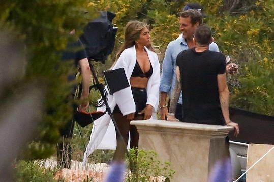 Jennifer během focení pro americký Harper´s Bazaar.
