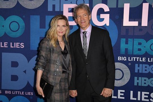 Michelle Pfeiffer s manželem Davidem E. Kelleym