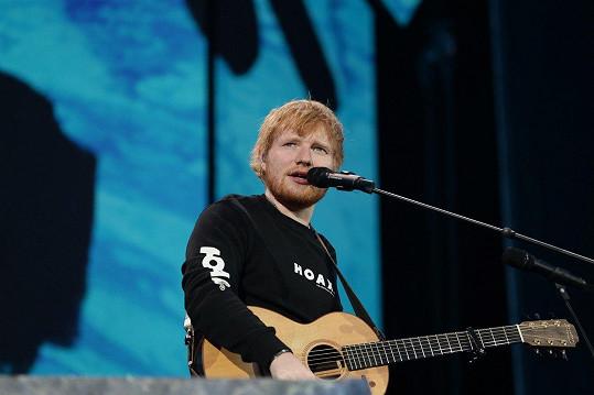 Ed Sheeran si ze selhání na akademii hudby dnes už nejspíš nic nedělá.