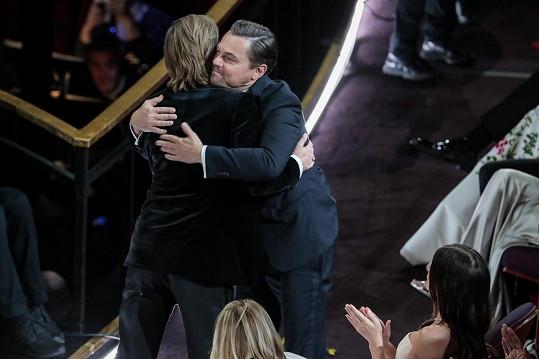 Fanoušky dojímá přátelství dvou nejžádanějších hollywoodských hřebců.