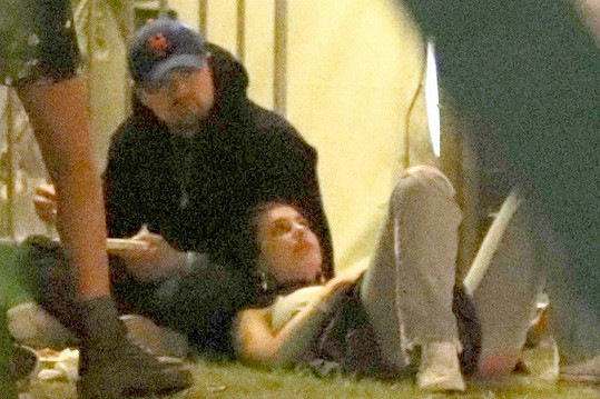 Fotografové je zvěčnili před koncertem Eminema.