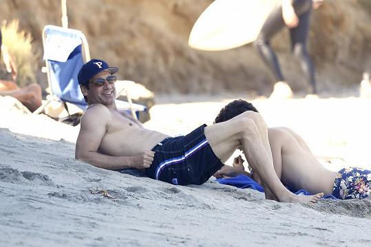 David Duchovny na pláži v Miami