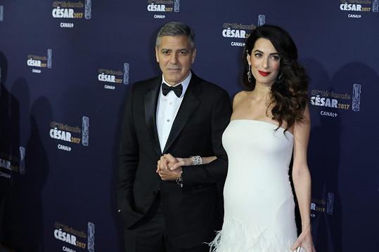 George a Amal Clooney na filmových cenách César v Paříži