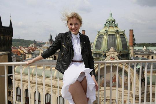 Anna Slováčková ukázala kalhotky.
