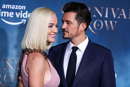 Snoubenec Orlando Bloom je jí prý velkou oporou.