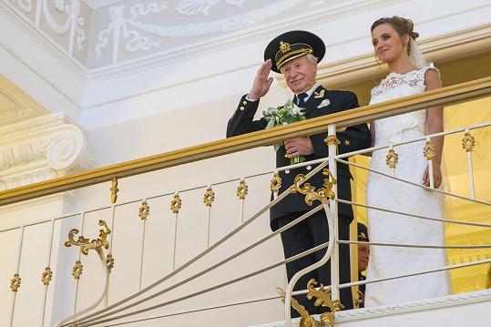 Novomanželé Ivan Krasko a Natalia Shevel