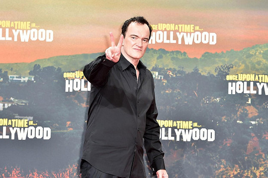 Quentin Tarantino nestojí o kontakt s biologickým otcem.