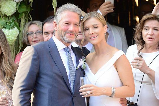 Polská topmodelka se provdala za byznysmena Douglase Nunese.