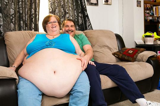 Manžela poznala na chatu pro fetišisty.