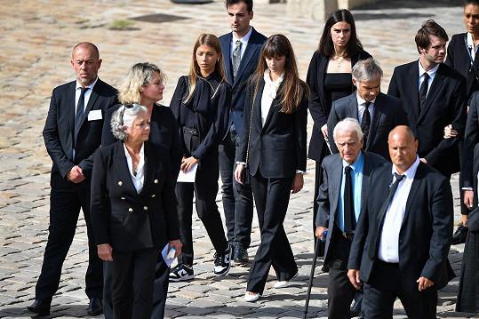 Belmondova rodina dorazila na rozloučení do Invalidovny v Paříži.