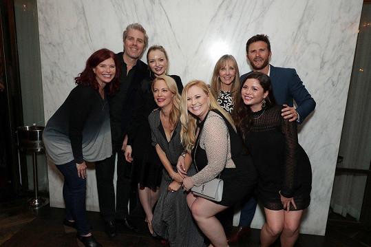 Clint Eastwood má celkem osm dětí. Laurie (třetí zprava) se se svými sourozenci objevila poprvé.