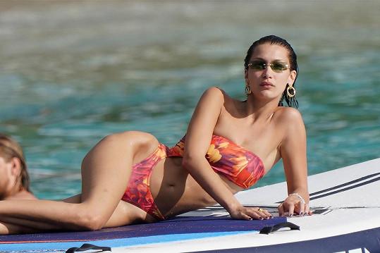 Sexy modelka si užívala zaslouženou pauzu v Miami.