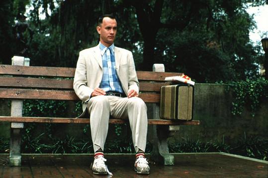 Tom Hanks nebyl první volbou tvůrců pro roli Forresta Gumpa. Nejprve oslovili Johna Travoltu.