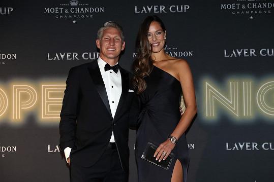 Ana Ivanovičová a Bastien Schweinsteiger jsou manželé od roku 2016.
