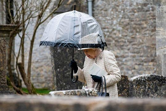 Dorazila i královna Alžběta II.