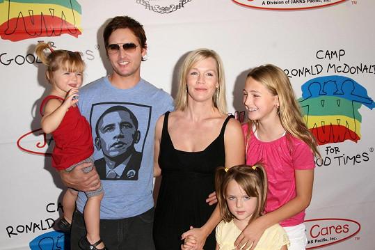 Rodinné foto Jennie Garth a Petera Facinelliho z roku 2008
