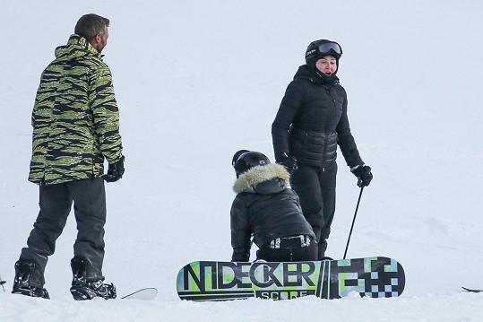 Madonna si užívá lyžovačky ve Švýcarsku.