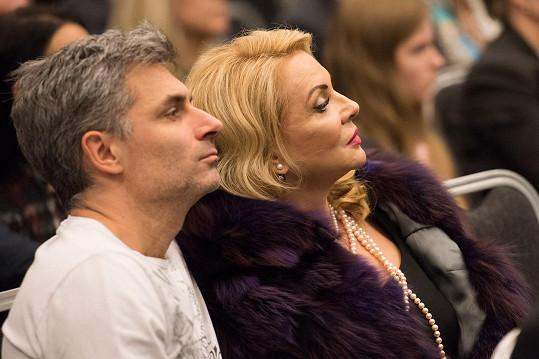 Zdena Studenková s přítelem Braňem na křtu charitativního kalendáře