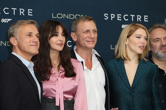 Hlavní představitelé se sešli v Londýně.