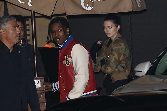 Kendall měla mít k rapperovi blízko už letos v létě.