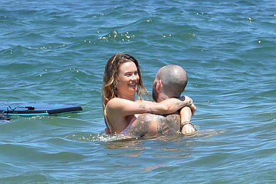 Adam Levine a Behati Prinsloo vyrazili na dovolenou na Havaj.