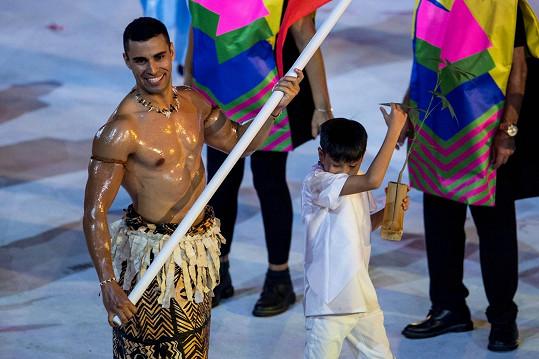Poprvé vzbudil rozruch na olympiádě v Riu v roce 2016.
