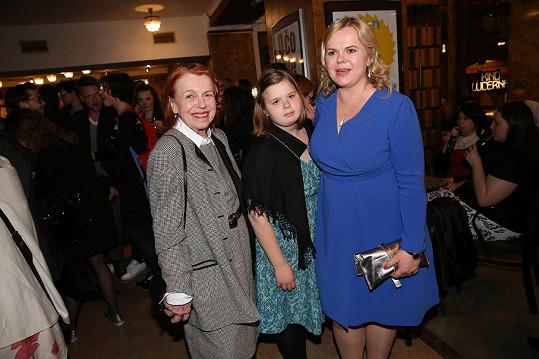 S maminkou Ivou Janžurovou a dcerou Adinou
