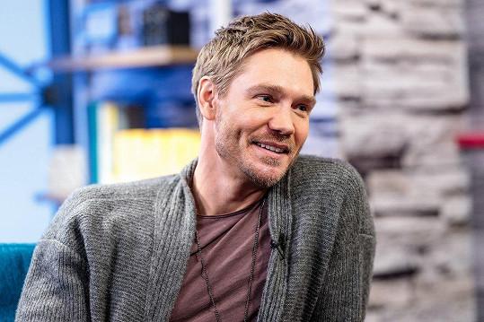Chad je momentálně jednou z hvězd seriálu Riverdale.