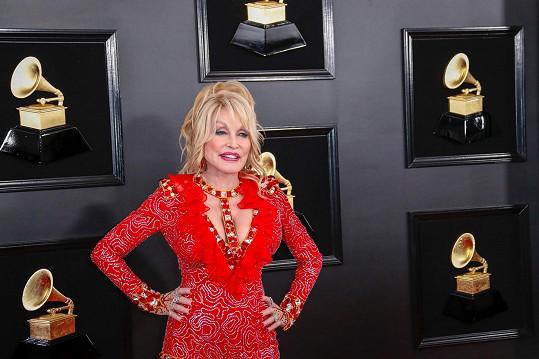 Dolly Parton potěšila manžela k narozeninám.