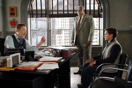 Bill Nunn (uprostřed) ve filmu Spider-Man 2