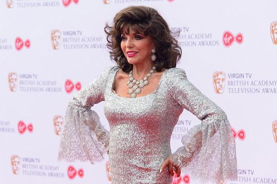 Joan si nenechala ujít udílení televizních cen BAFTA v Londýně.