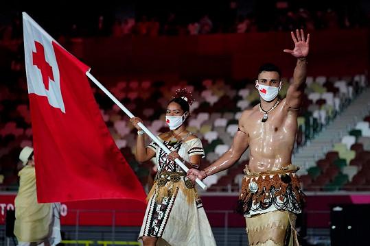 Reprezentuje Tongu.