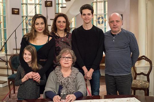 Božidara se svou seriálovou rodinkou