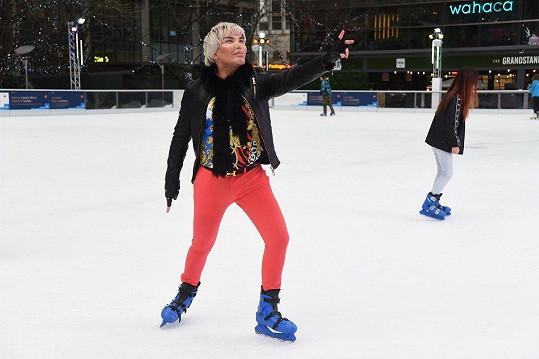 Na ledu si trénoval krasobruslení.