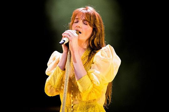 Florence Welch si prošla anorexií, depresemi i závislostí na alkoholu.