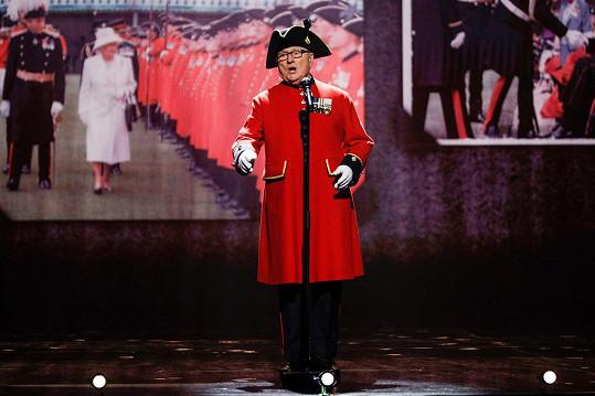 Colin Thackery se stal vítězem 13. řady britského Talentu.