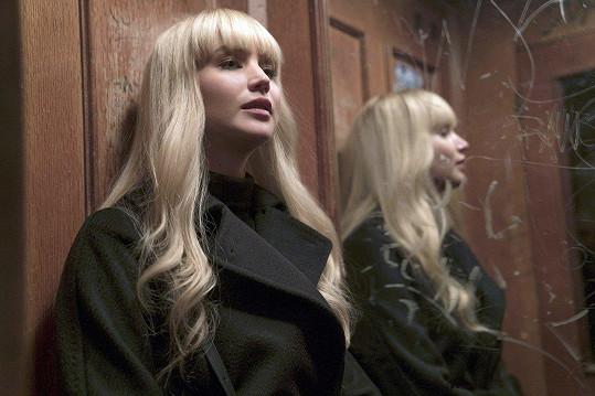Jennifer ve filmu Rudá volavka
