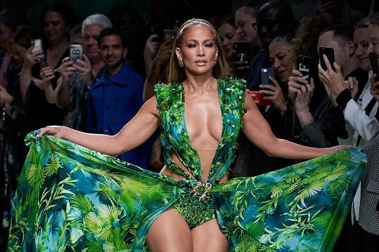 Jennifer odhalila své tělo v ikonickém modelu.