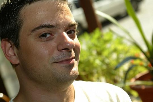 Filipa Rajmonta známe ze seriálu Ulice jako svérázného učitele Otíka Puklického.
