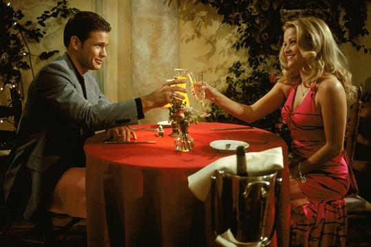 Davis a Reese Witherspoon ve filmu Pravá blondýnka