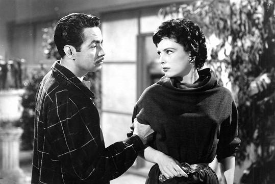Ve svém posledním filmu Zločinný život Archibalda de la Cruz byla tmavovlasá. Krátce po natáčení napsala dopis na rozloučenou a otrávila se prášky.