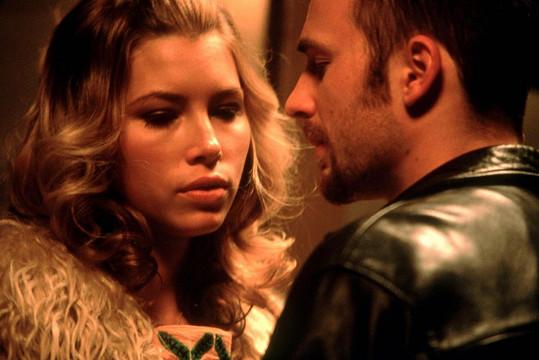 Chris Evans a Jessica Biel dokonce uvažovali o sňatku.