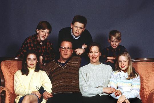 Macaulay Culkin a jeho filmová rodinka McCallisterových, která ho zapomene doma.
