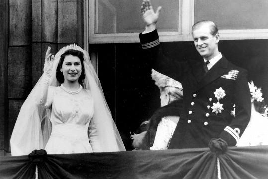 Do Philipa se zamilovala a trvala na tom, že si ho vezme.