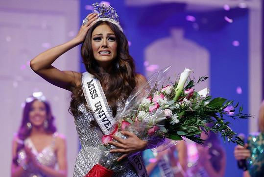 Kristhielee Yinaira Caride Santiago byla Miss Universe Portoriko jen čtyři měsíce.