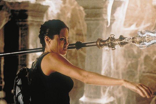 Takhle jako Lara vypadala Angelina Jolie.